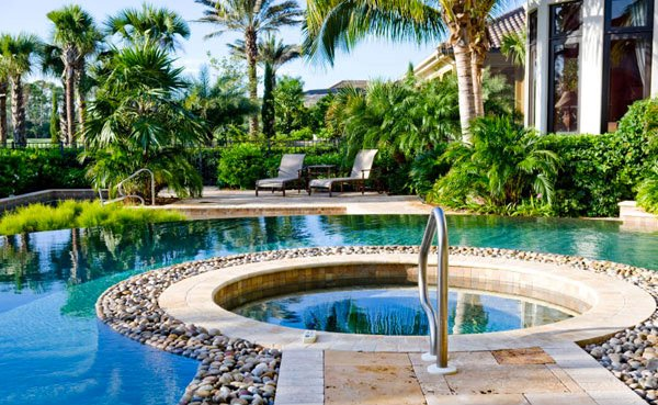 5 Pool Landscape Design Ideas – Pool Craft inc.